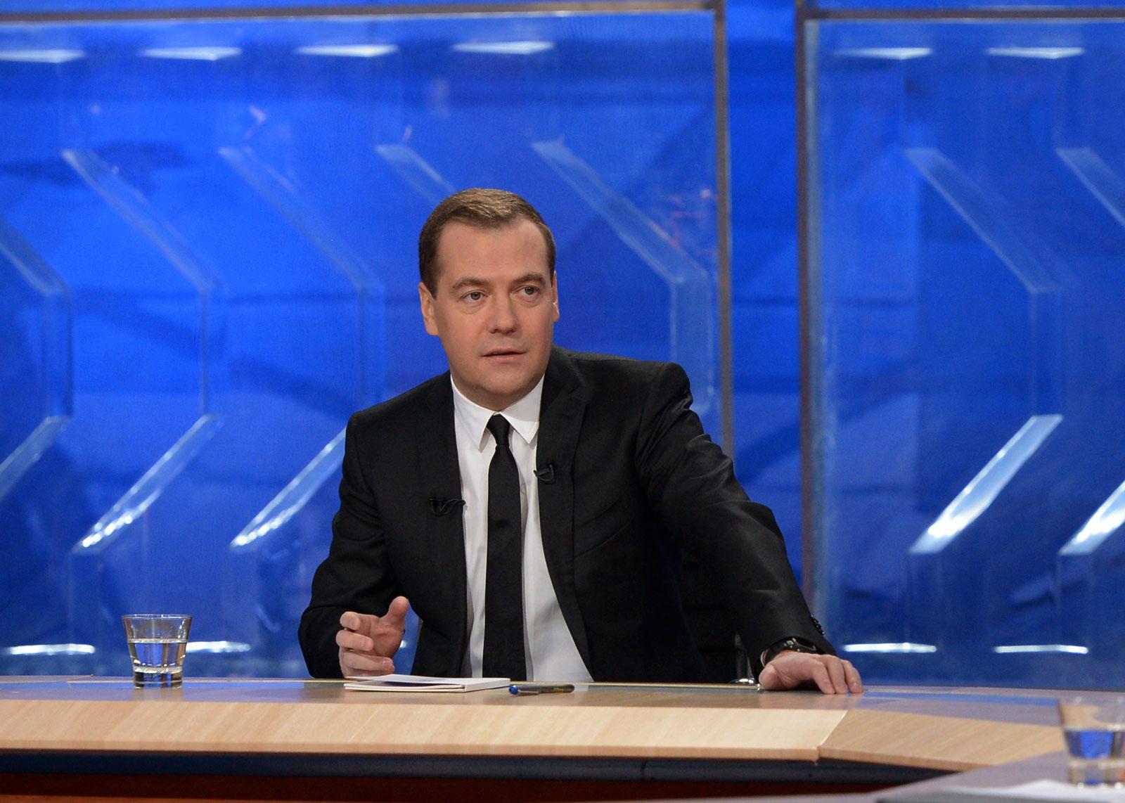 «Россия должна обеспечить себе цифровой суверенитет,» — заявил Дмитрий Медведев по итогам делового саммита АСЕАН.