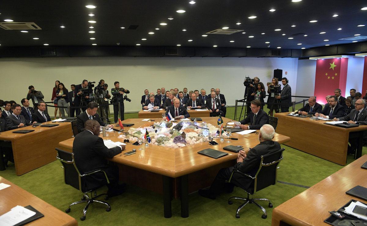 Владимир Путин предложил странам БРИКС присмотреться к российским ИКТ