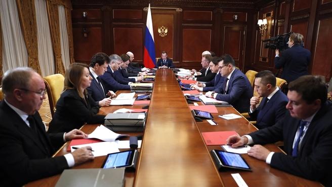 Дмитрий Медведев:   Инвестиции ВЭБа – это высокотехнологичные предприятия, укрепляющие экономический суверенитет страны